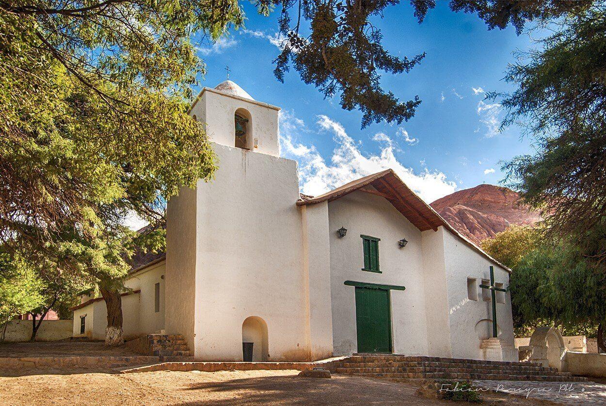 iglesia purmamarca