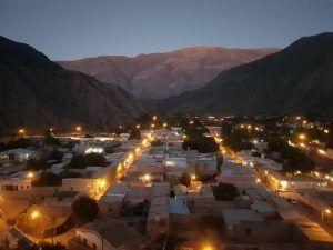 purmamarca pueblo noche